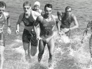 Schwimmtraining (v.l.n.r.): Dieter Hollerwöger, Peter Entenfellner, Günther Strachon, Gerald Will, Rudolf Loidl, Elke Müller.